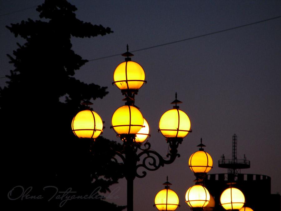 Ліхтарі в центі Києва - Фото Олени Татьянченко
